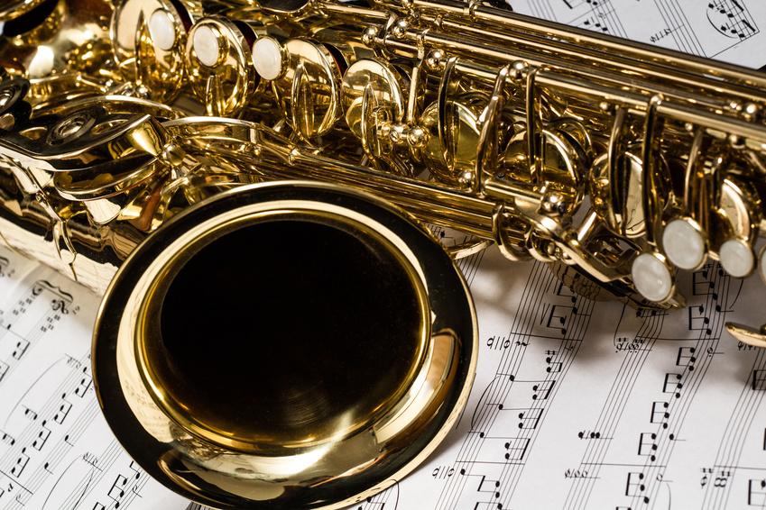 Quintet de saxophones et batterie